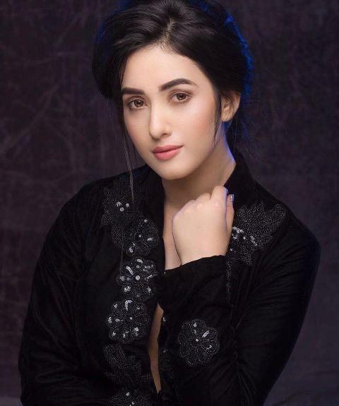 Model- Aditi Budhathoki