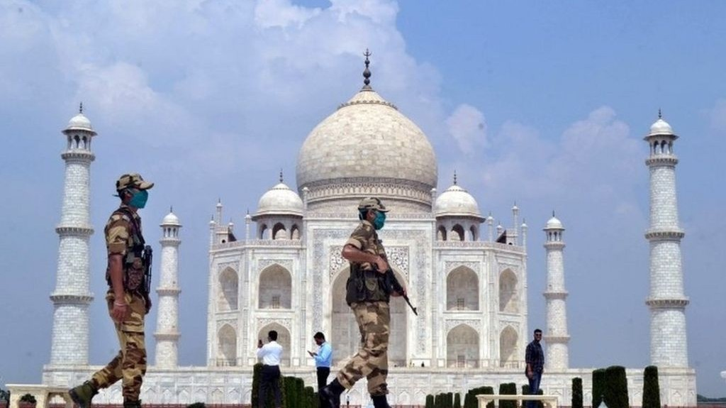 Taj Mahal bomb scare turns out to be hoax
